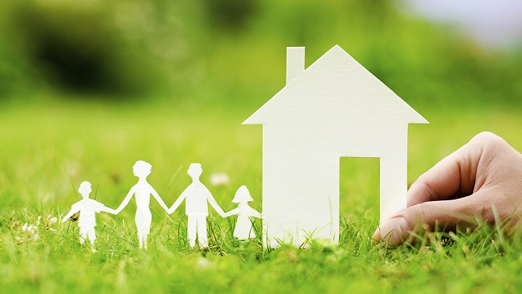 paper-craft-family-buying-house resized
