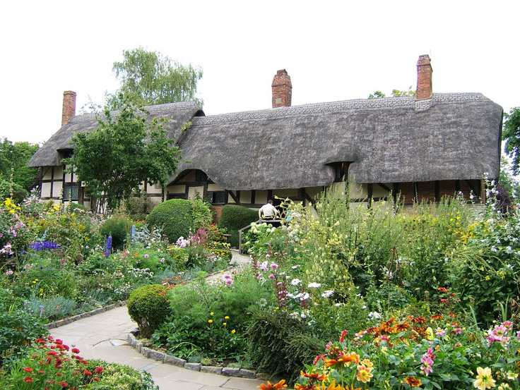 Anne-Hathaway-cottage-small