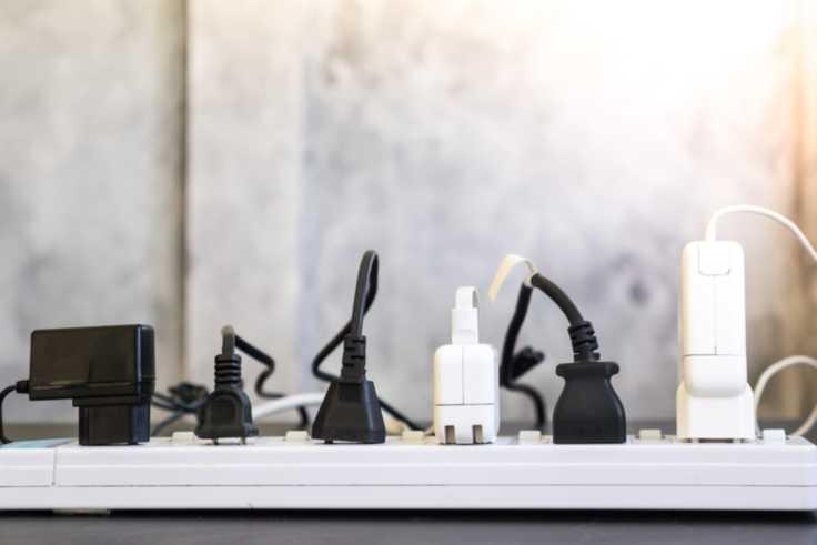 overloaded-plug-socket