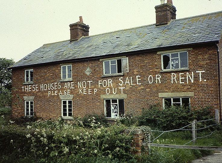 empty-houses-uk