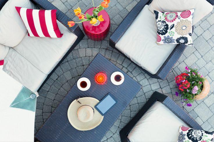 summer-garden-cushions
